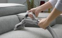 Как очистить диван от грязи