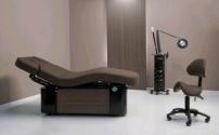Массажный стол – удобство и практичность