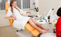 Как выбрать удобное педикюрное кресло?