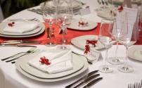 Общие правила сервировки стола: скатерть, тарелки, столовые приборы