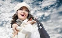 Какой телефон можно найти в женской сумочке?