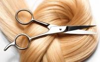 Услуги парикмахера с целью сохранения здорового вида волос